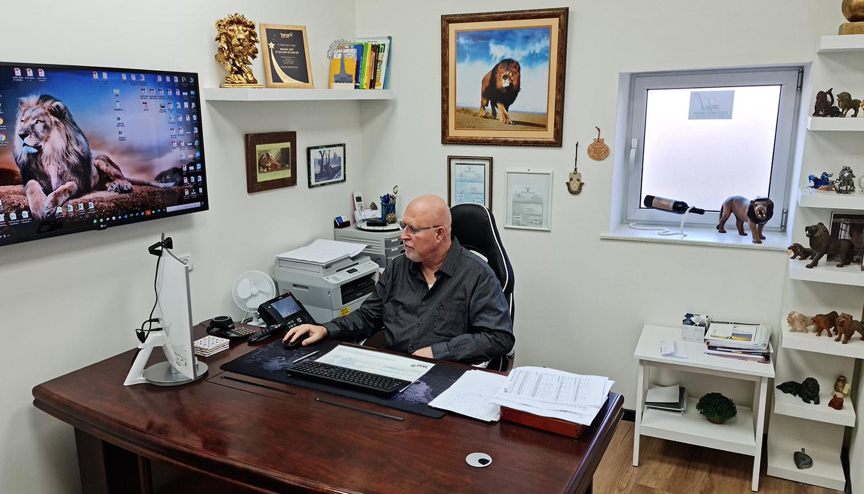 """לקריף ארנון - לאב סוכנות לביטוח בע""""מ"""